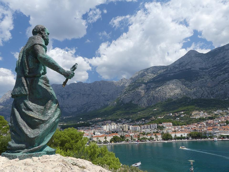 """クロアチア観光の新名所""""スカイウォーク""""をダルマチアのマカルスカで!"""